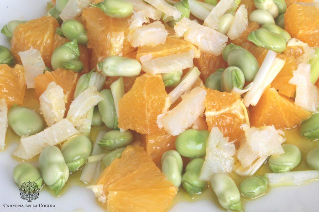 Ensalada de naranjas, habas y bacalao, con virgen extra picual